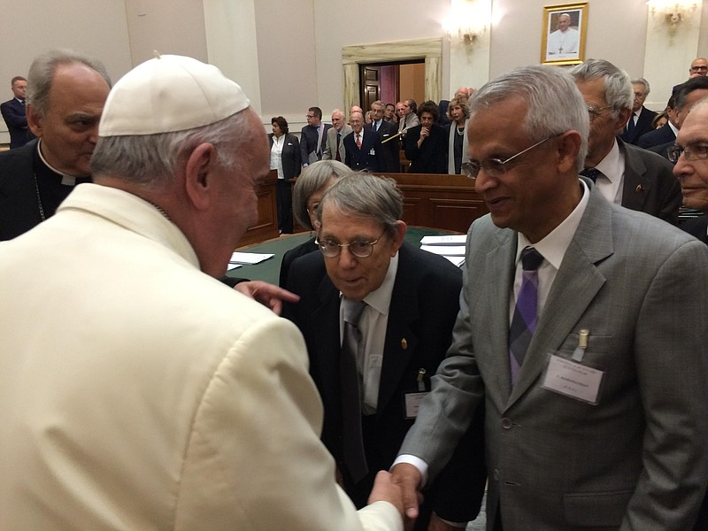 news-Pope_Francis-Oct_2014_1_t800